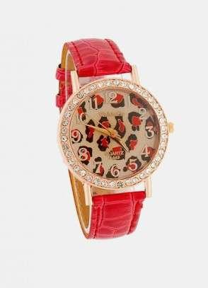 Ženske ure kot modni nakit